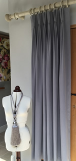 Making Triple pleat lined curtains